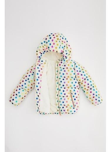 DeFacto Kız Bebek Puantiye Desenli İçi Polarlı Şişme Mont Ekru